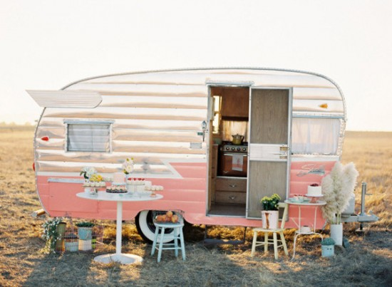 romantic caravan_03